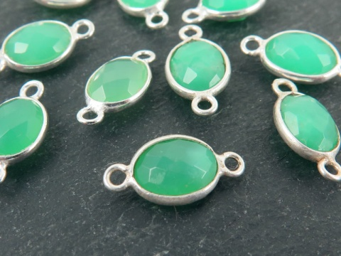 Sterling Silver Chrysoprase Oval Connector 14mm