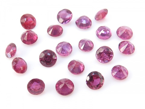 Ruby Faceted Round ~ Various Sizes