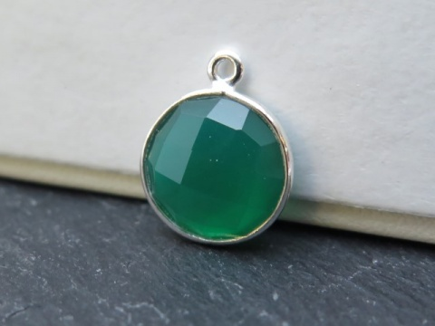 Sterling Silver Green Onyx  Round Pendant 14mm