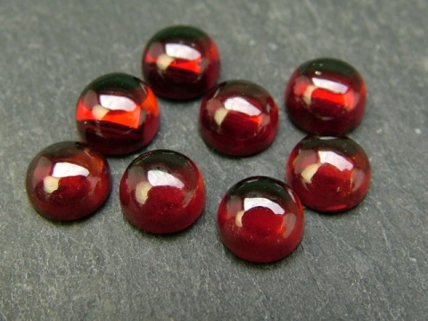 Garnet Round Cabochon ~ Various Sizes