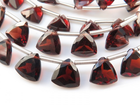 AA+ Garnet Faceted Trilliant Briolettes 7mm
