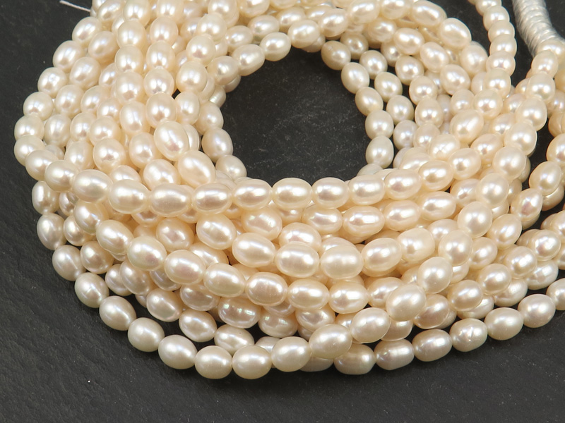 Freshwater Pearl Ivory Rice Beads 6.5-7mm ~ 16'' Strand