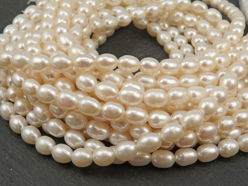 Freshwater Pearl Ivory Rice Beads 7-8mm ~ 16'' Strand