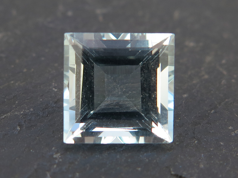Aquamarine Faceted Square 8mm